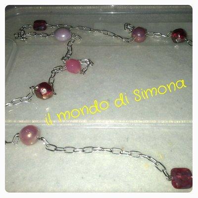 collana catenella e perle di vetro di vari colori
