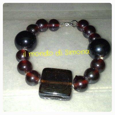 bracciale perle di vetro rosso scuro fi medio/grandi dimensioni