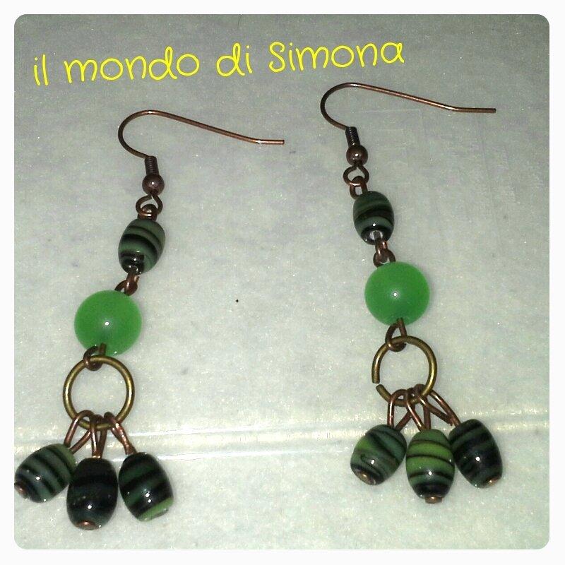 orecchini verdi militare