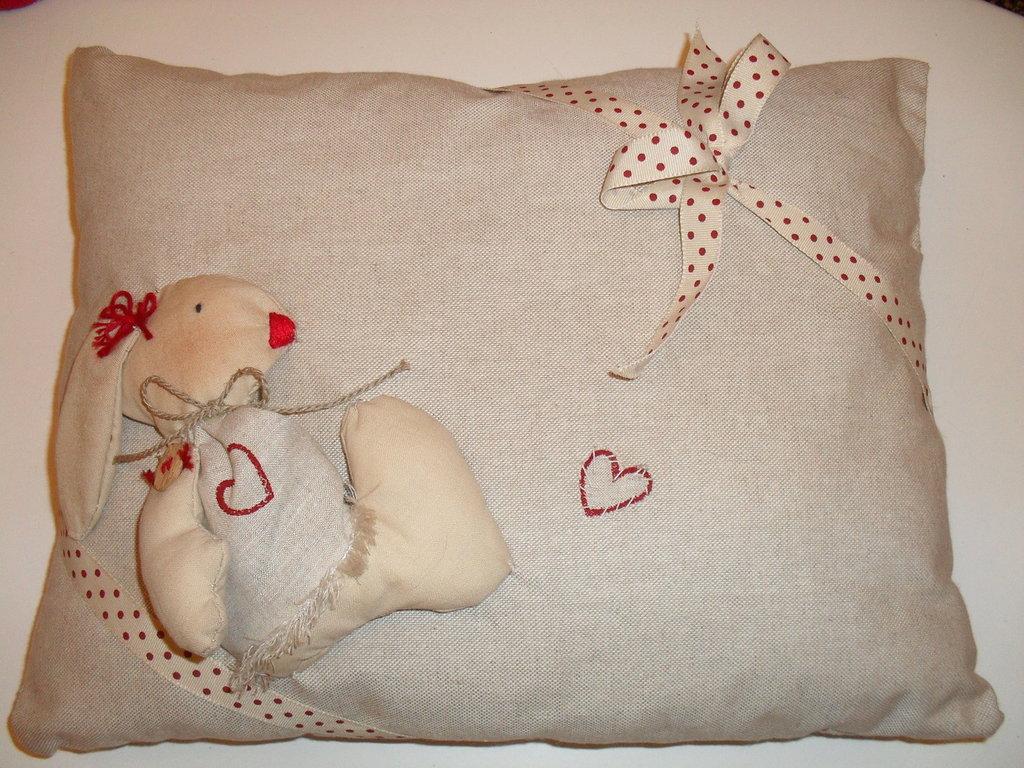 Cuscino in tessuto idea regalo S. Valentino
