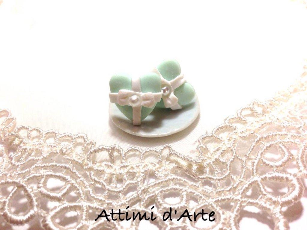 """orecchini a lobo Tiffany modello """"heart pearl"""" impacchettati"""