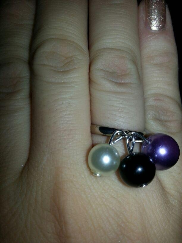 Anello con tre perle