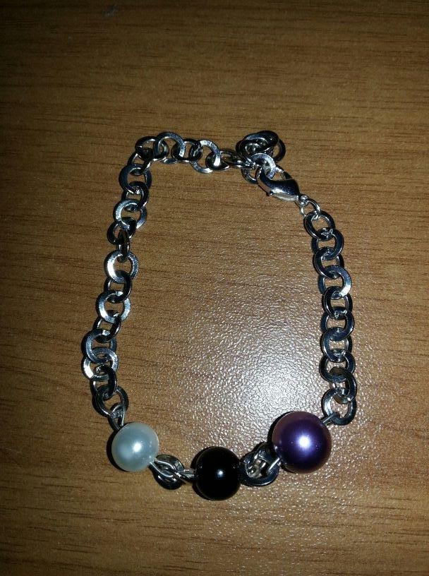 Bracciale a catena con tre perle
