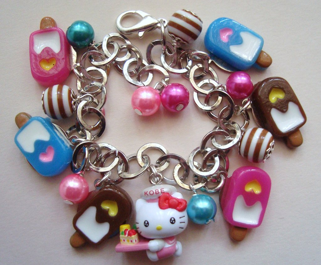 bracciale ciondoli hello kitty
