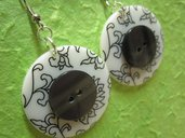 orecchini con BOTTONI grigio / bianco - BUTTON earrings handmade - grey / white - wear my vintage collection