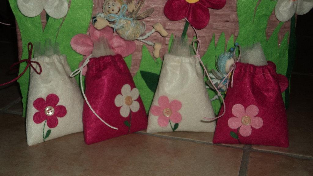 """sacchetti confetti artigianali,  segnaposto CON CONFETTI """"botton rosa"""""""