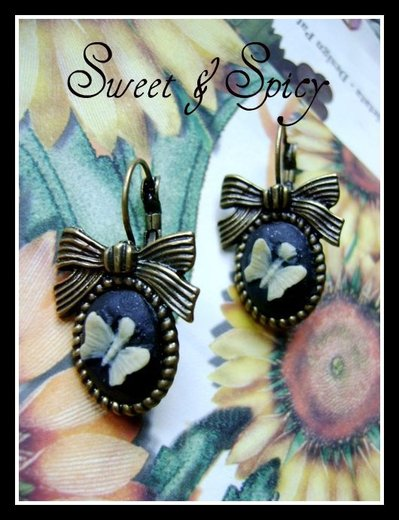 LITTLE BUTTERFLY CAMMEO EARRINGS