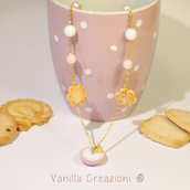 Collana in Fimo con tazza di latte in ceramica e biscotti