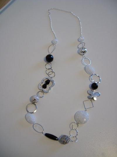 "COLLANA LUNGA FASHION ""Halfmoon"""