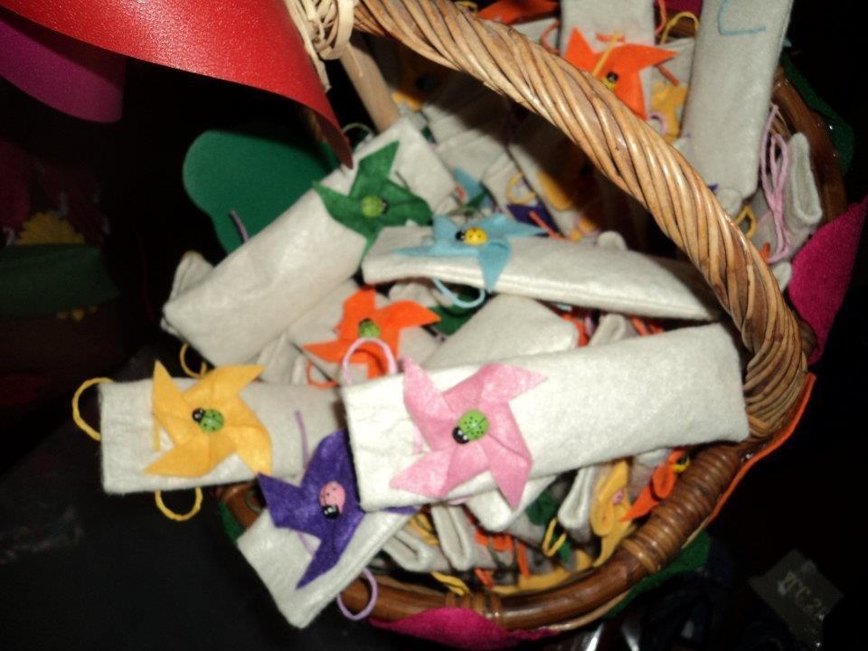 """sacchetti confetti segnaposto fai da te artigianali """"girandole"""""""