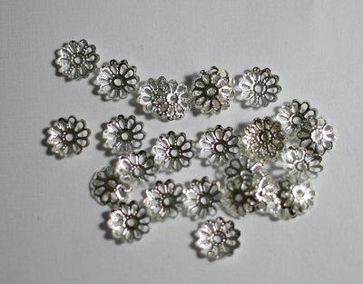 30 coppette argento. 30 coppette silver.