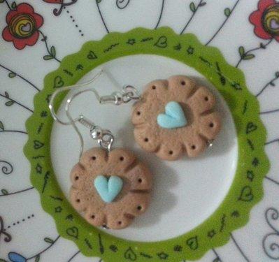 Orecchini biscottini con cuore fimo