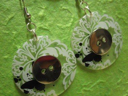 orecchini con BOTTONI trasparente/bianco/metallo  -  BUTTON earrings handmade - transparent / white / metal - wear my vintage collection