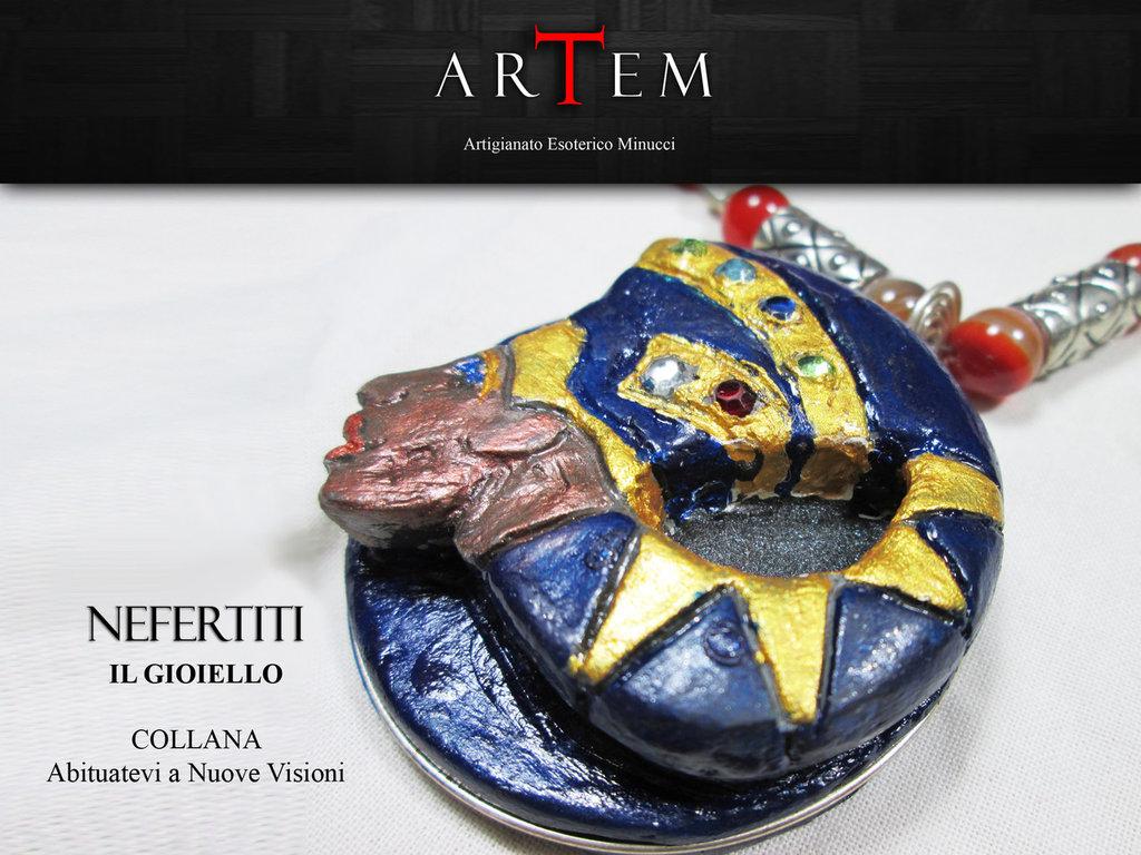 Collana NEFERTITI in terracotta modellata a mano con Argento Tibetano, Lapislazzuli e Agata Botswana Rossa