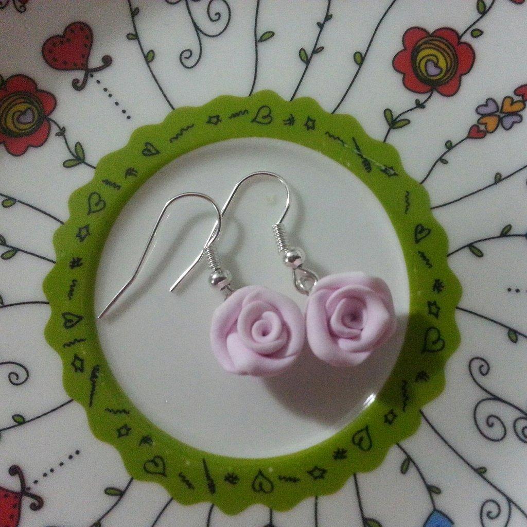 Orecchini rose rosa fimo