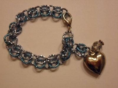 Bracciale azzurro con cuore