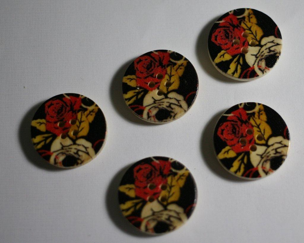Bottoni legno 24mm. Fantasia. Buttons in wood 28mm fantasy.
