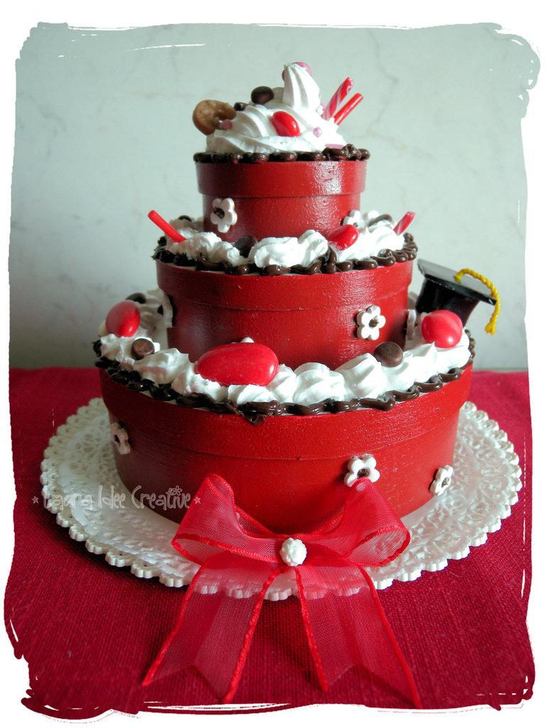 Torta Cake Design Torino : Torta di Laurea contenitore - Feste - Bomboniere - di ...