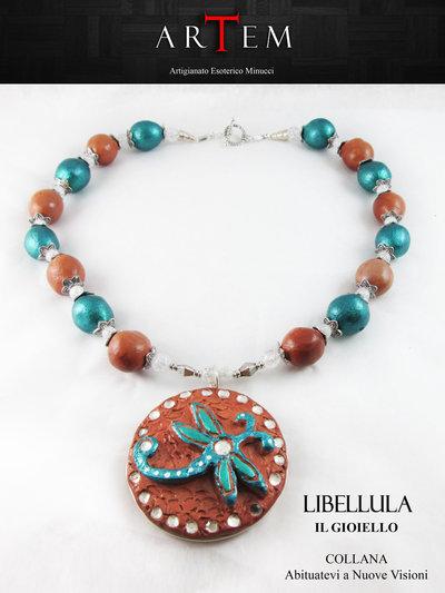 Collana LIBELLULA in terracotta modellata a mano e inserti in Cristallo di Rocca e Argento Tibetano