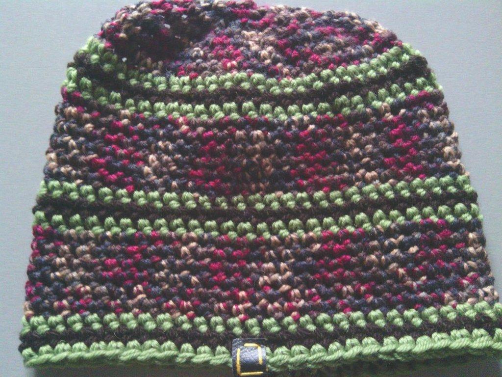 _cappello  uomo, donna  ragazzo in lana, fatto a mano all'uncinetto C069_