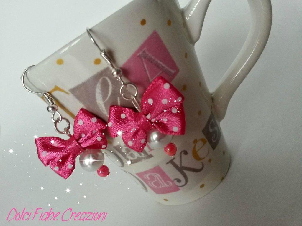 Orecchini bambina fiocchi e perline - hot pink