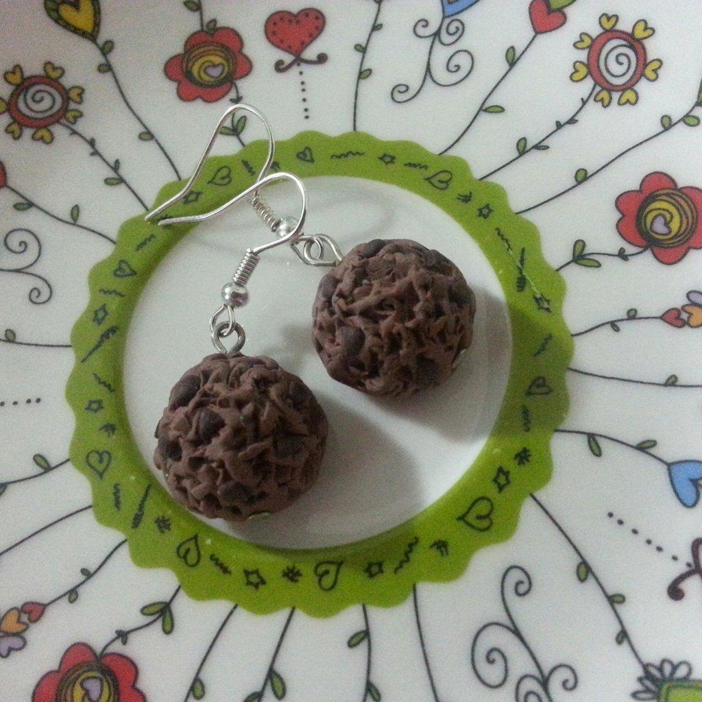 Orecchini cookie al cioccolato fimo