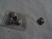 5 charms cuore decorato brunito