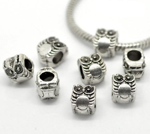 perle gufo foro largo 10×8 mm tono argento antico