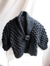coprispalle nero in lana
