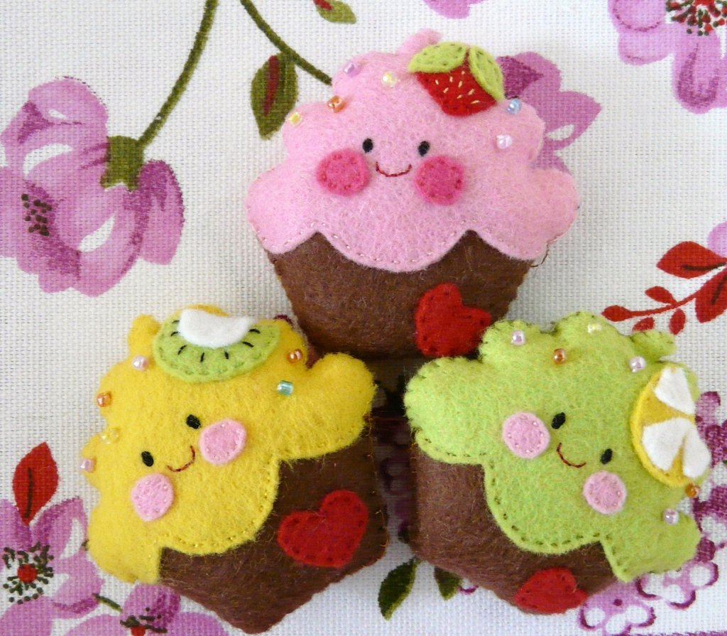 cute cupcake pin-spillette cupcake