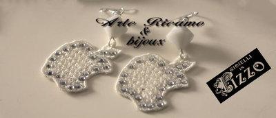 ArteRicamo&Bijoux Orecchini pizzo mod.Mela