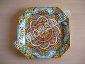 Ceramica: piatto ottagonale barocco