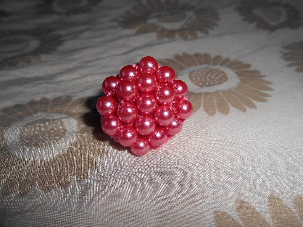 Anello uncinetto con perle rosa