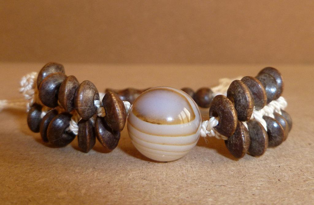 Braccialetto con perla di agata