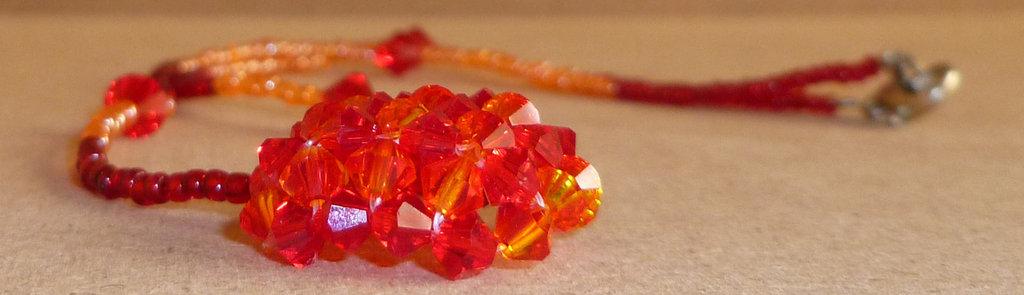 Girocollo rosso e arancio