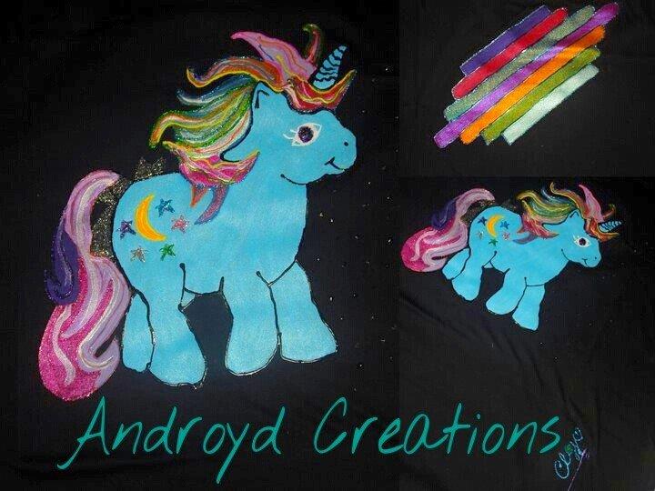 t-shirt fatta a mano con mini pony