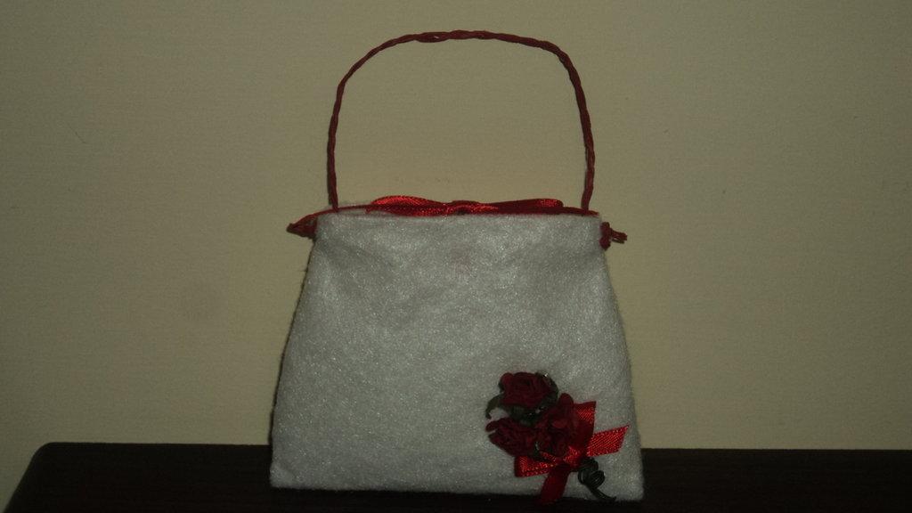 """sacchetti per confetti confettata fai da te artigianali """" borsetta rossa"""""""