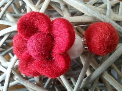 Flower red pin