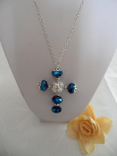 Collana Croce Blu