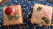 scatoline in lino con rose e fiori in raso
