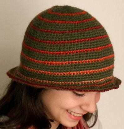 cappello di lana all'uncinetto