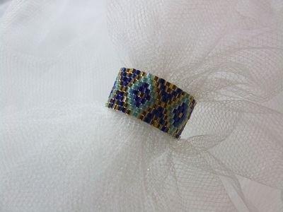 """Anello a fascia in tessitura """"peyote"""" con perline in vetro Miyuki - cod. E11"""