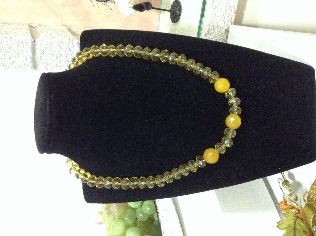 Collana con cristalli Swarovski color senape