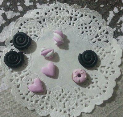 Decorazioni cabochon girelle liquirizia, marshmallows, cuori, ciambella fimo scrapbooking