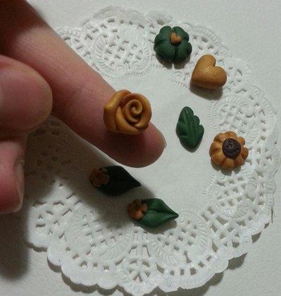 Decorazioni cabochon girasoli foglie cuori rose - Decorazioni cuori ...