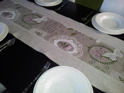 Runner da tavolo 100 lino per la casa e per te cucina di sh su misshobby - Runner da tavolo ...