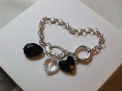 Bracciale in argento con charms in cristallo Swarovski e onice nera - cod. D17