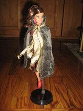 Tubino rosso e oro per Fashion doll