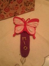 Segna libro in feltro con farfalla colorata
