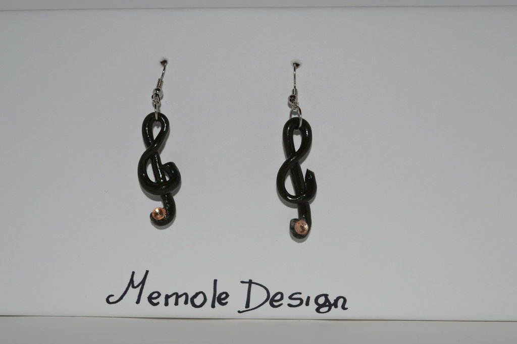 orecchini chiave di violino fimo Memole design